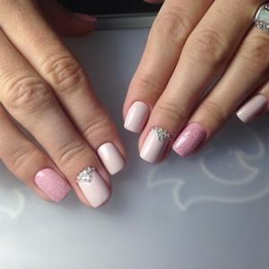 Модный дизайн ногтей белым лаком