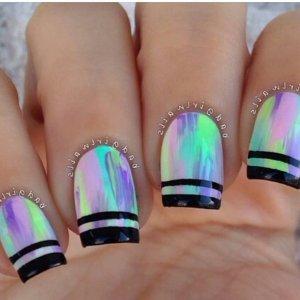 Втирка на ногтях