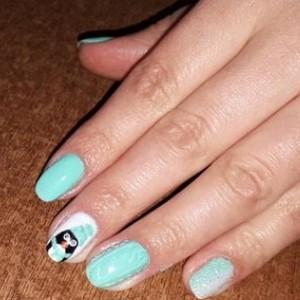 Зеркальный маникюр - втирка на ногтях