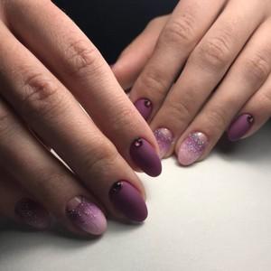 Маникюр Омбре розовый с сиреневым
