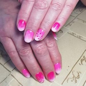 Маникюр Омбре розовый